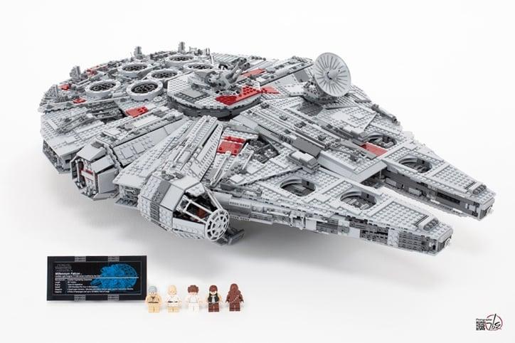 lego-millennium-falcon.jpg