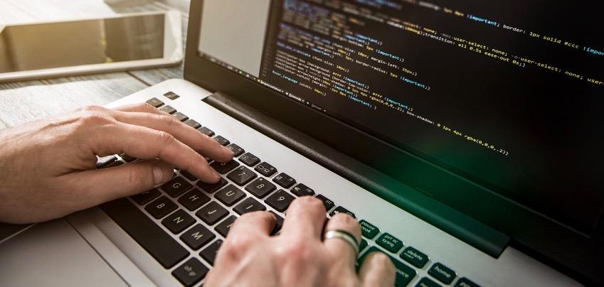 Die Fachseite entwickelt selber Code