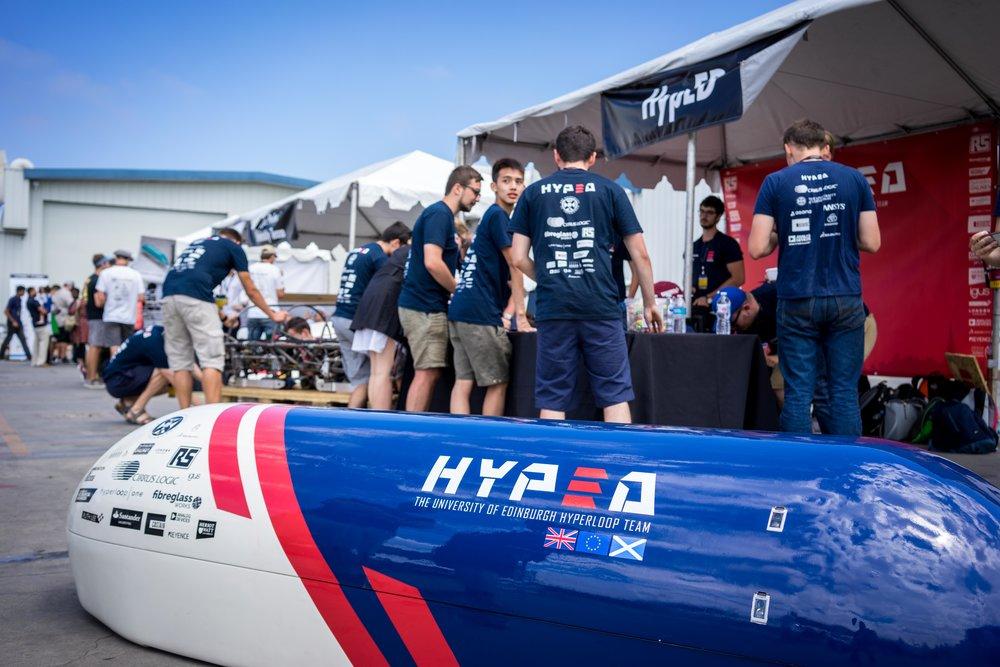YAKINDU Statechart Tools and HYPED meet Hyperloop