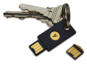 YubiKey-4-keychain-and-YubiKey-4-Nano